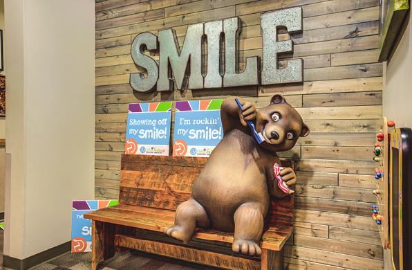 dentist-bear-woodland-photo-op